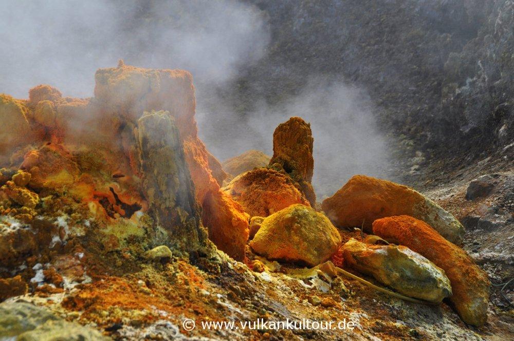 Fumarole im Vulkan Solfatara