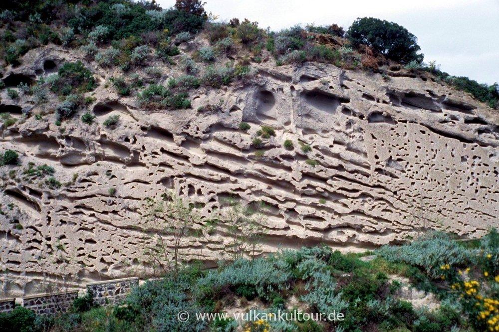 Erosionsformen auf Salina