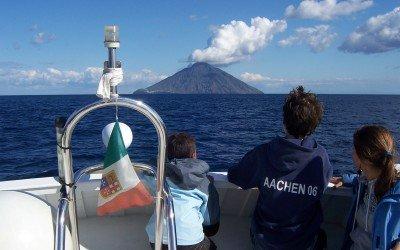 Überfahrt zum Stromboli mit Privatboot