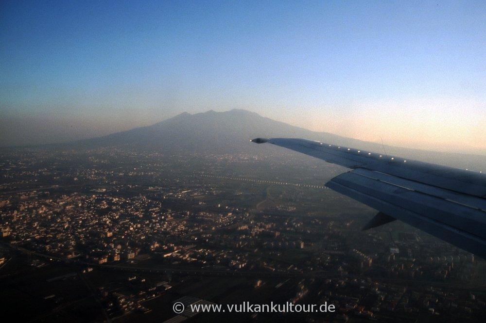 Anflug auf Neapel