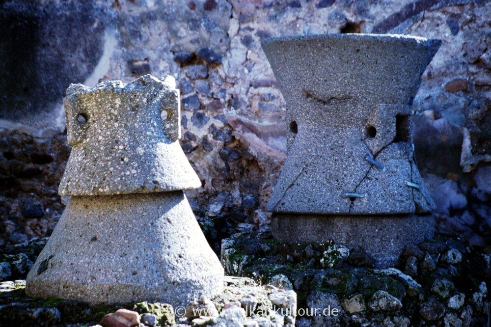 Pompeji - Mühlsteine