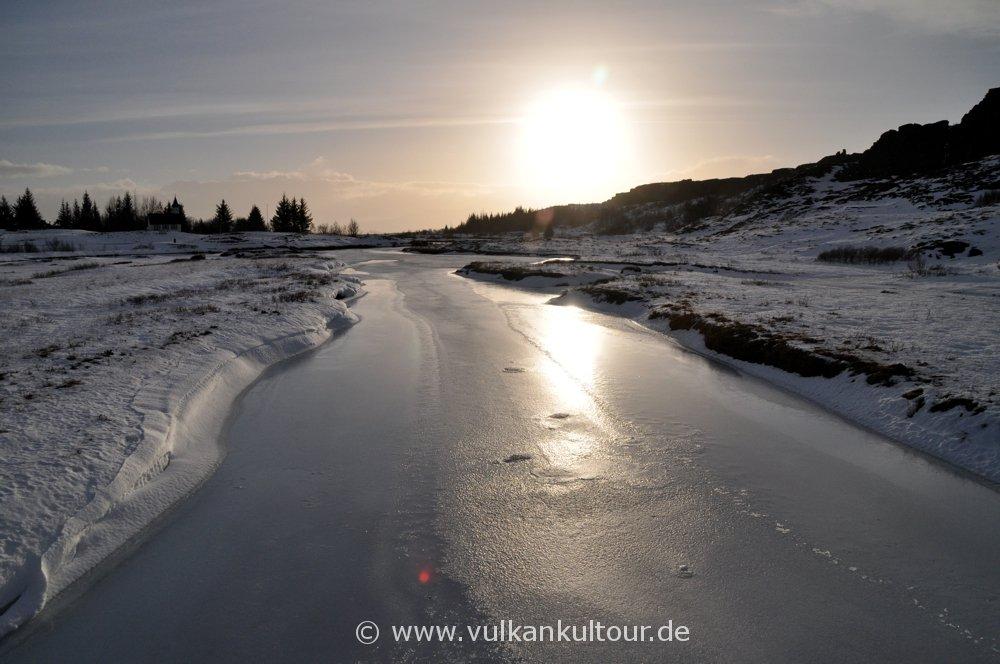 Wintermärchen in Þingvellir