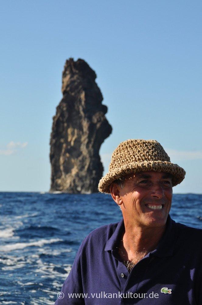 Mit Nino um Filicudi und zur Felsnadel La Canna