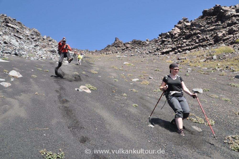 Abstieg ins Valle del Bove - Etna Nord
