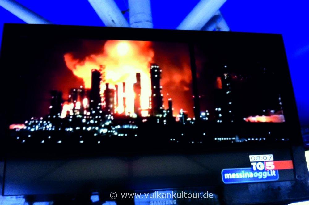 Brennende Raffinerie in Milazzo - 27.09.2014