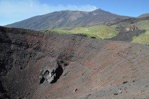 Ätna Nordseite - Eruptionsspalte von 2002