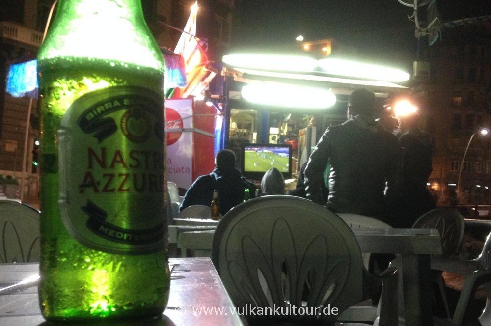 Abends in Napoli