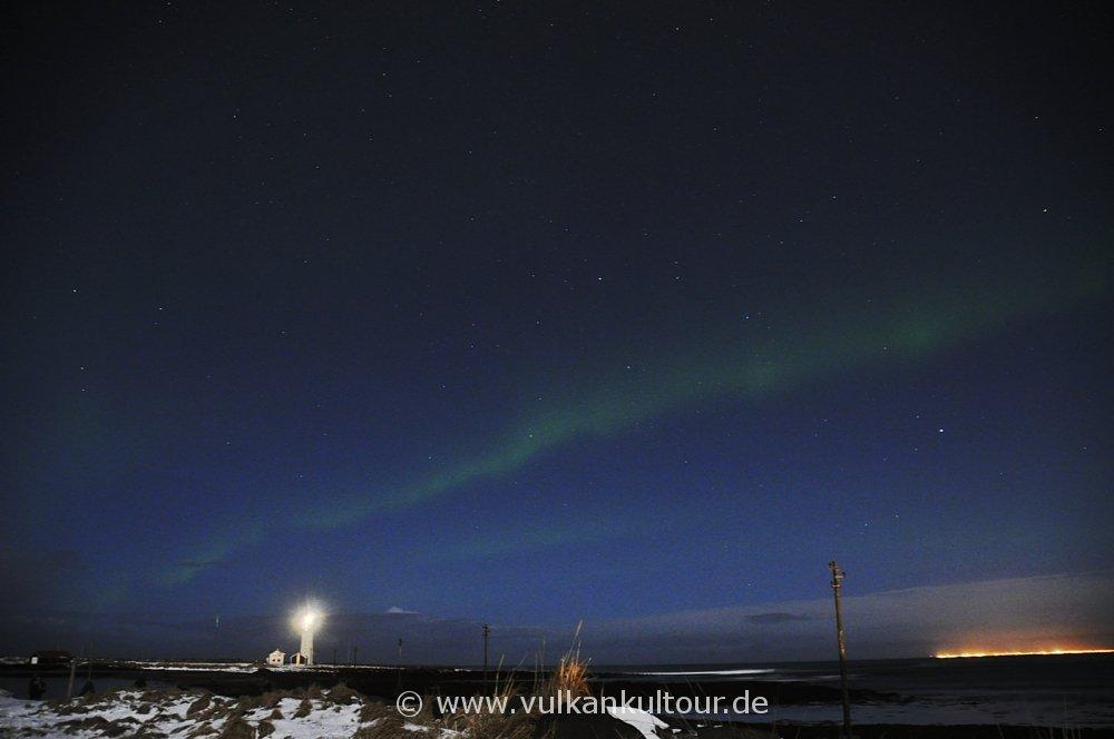 Leichte Polarlichter auf der Seltjarnarnes-Halbinsel (Reykjavík)