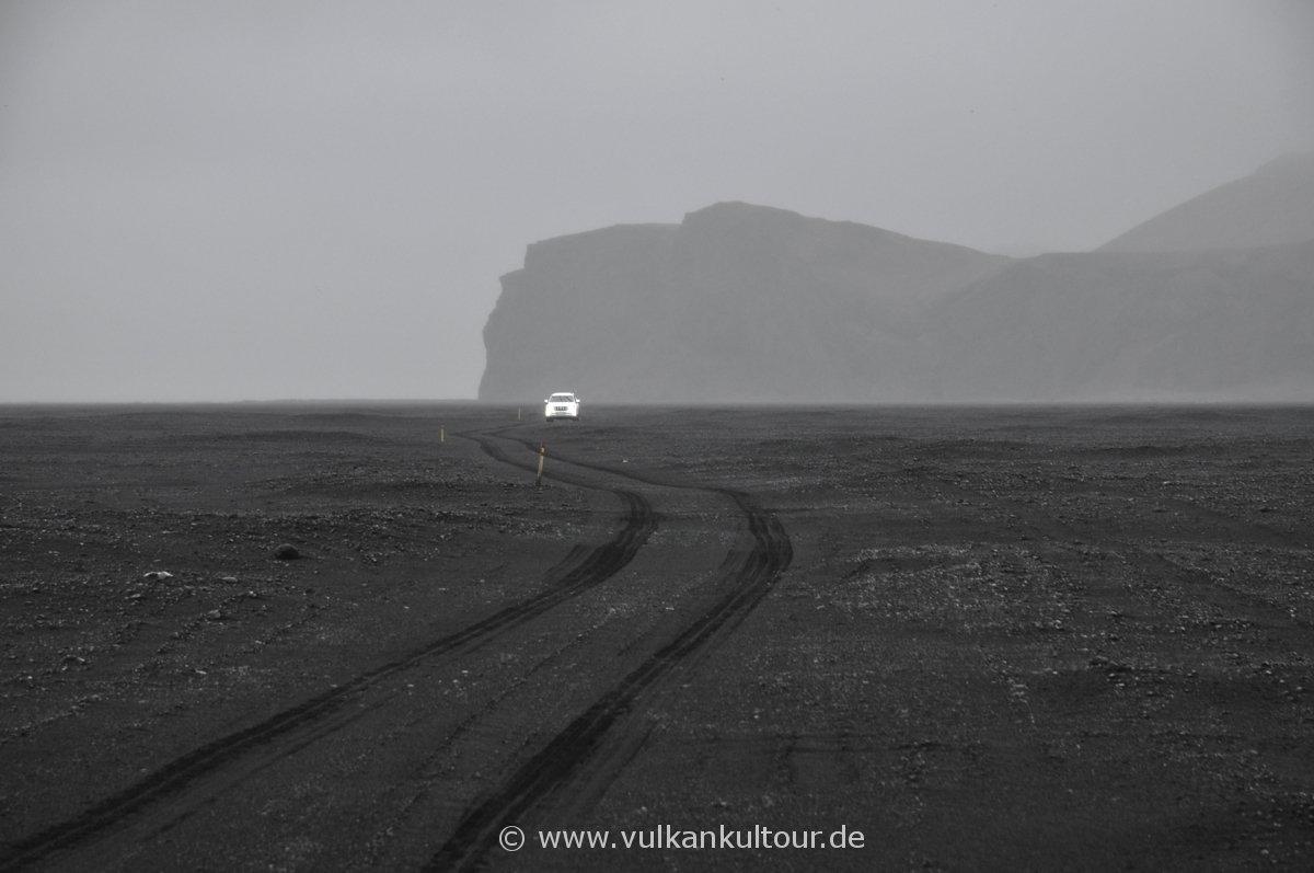 Offroad vom Hjörleifshöfði zum Meer
