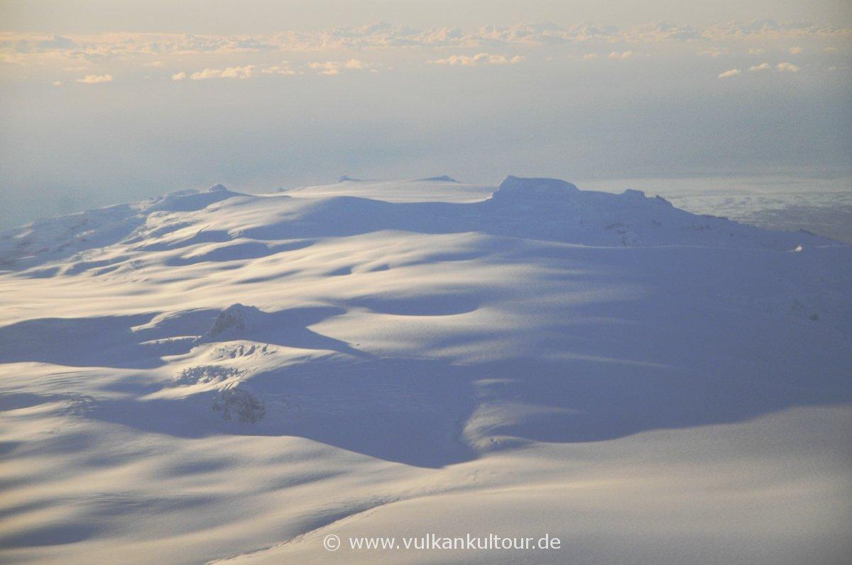 Öræfajökull und Hvannadalshnúkur (Islands höchster Berg - 2110 m)