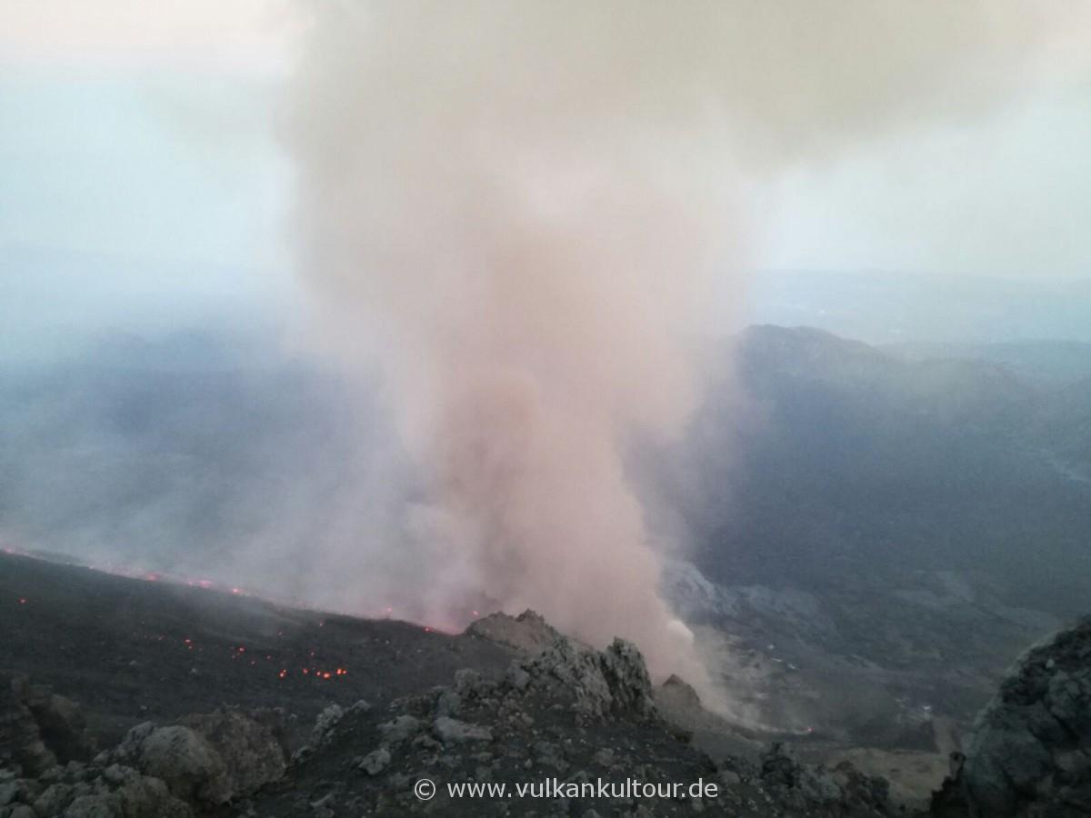 Ätna, Lavastrom im Valle del Bove - 18.03.2017