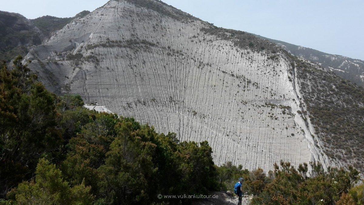 Lipari - Blick auf die Bimssteinbrüche