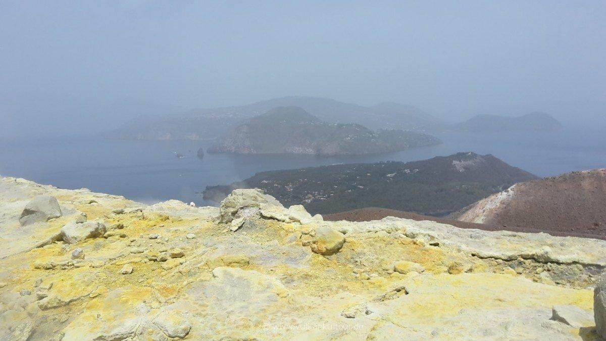 Vulcano - diesiges Panorama über Fumarolen