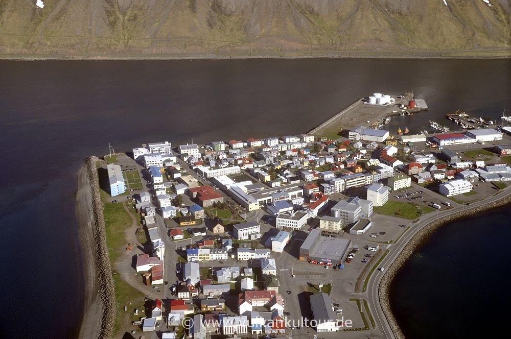 Ísafjörður, die Hauptstadt der Westfjorde