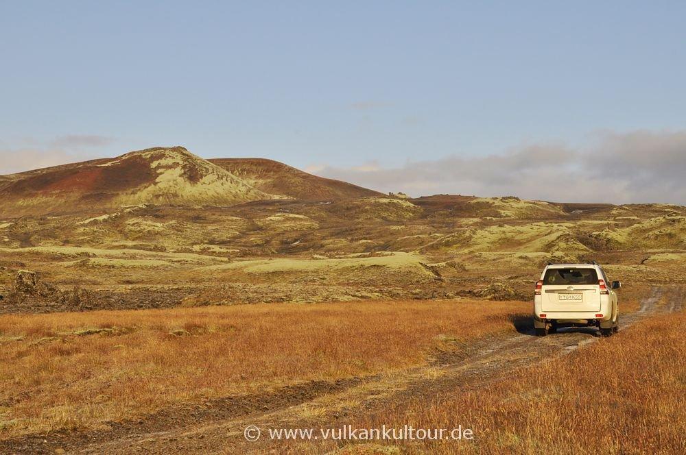 Auf einsamer Nebenstrecke zur Laki