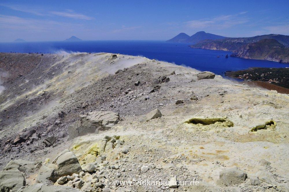 Gran Cratere - Blick nach Alicudi, Filicudi, Salina und Lipari
