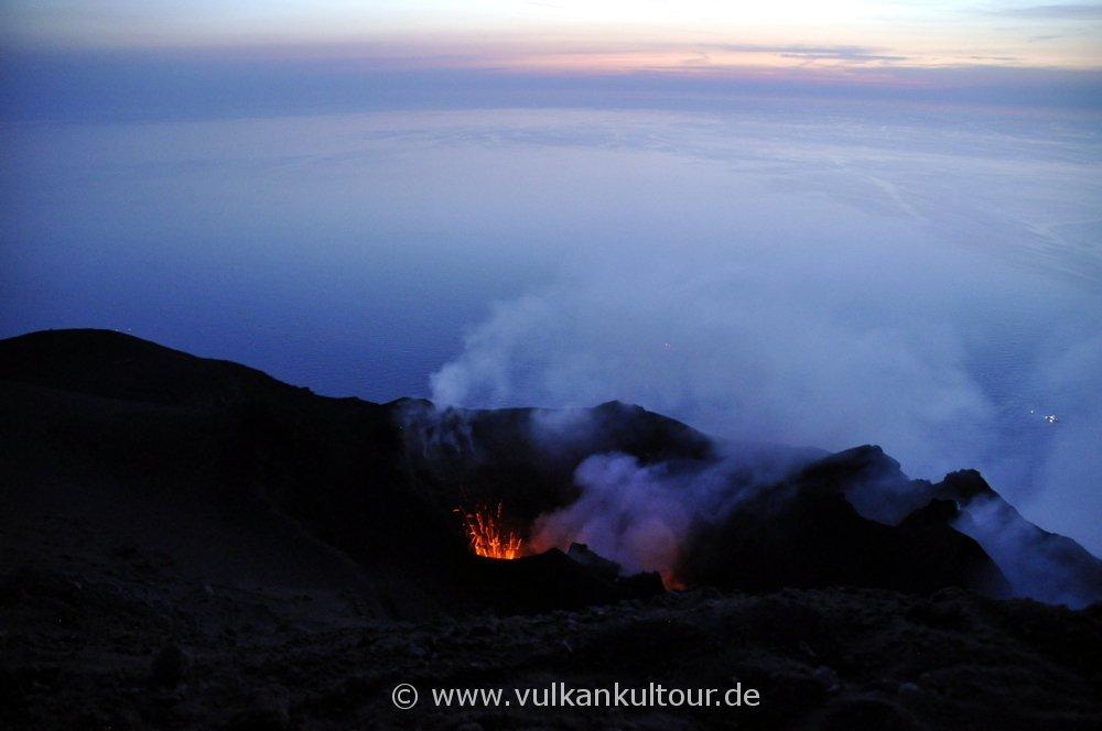 Leichte Explosion des SW-Kraters