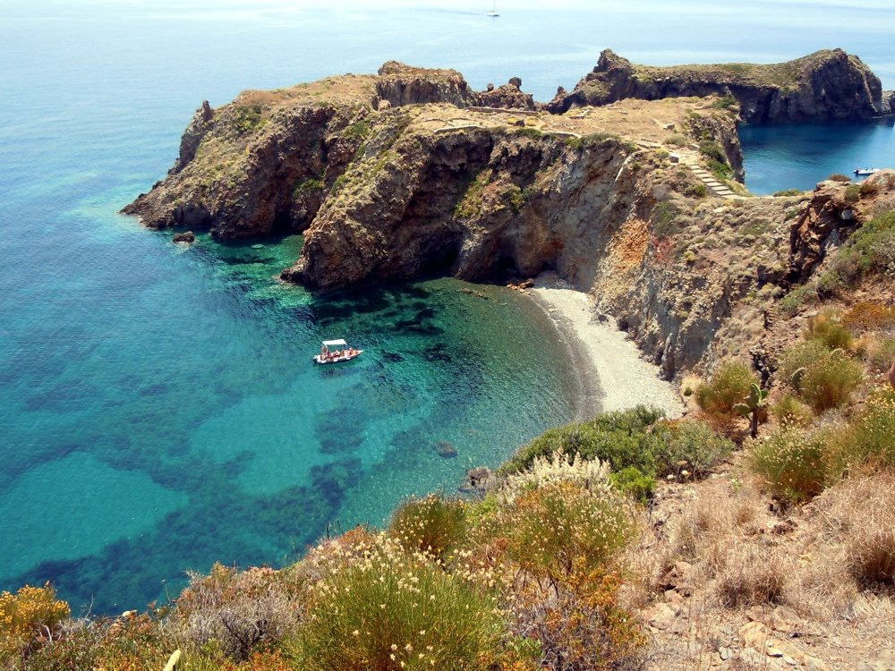 Capo Milazzese auf Panarea (© by Manfred Althöfer)