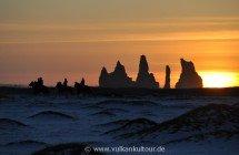 Reynisdrangar bei Vík í Mýrdal