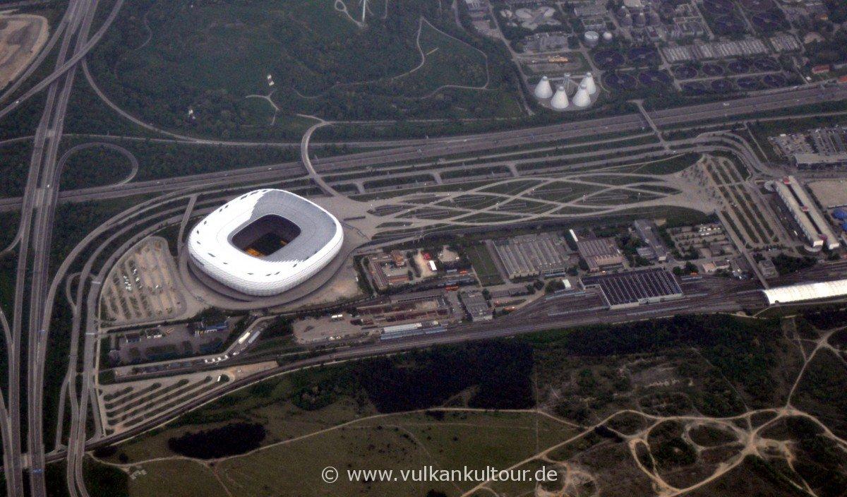 Landeanflug auf München - Allianz Arena