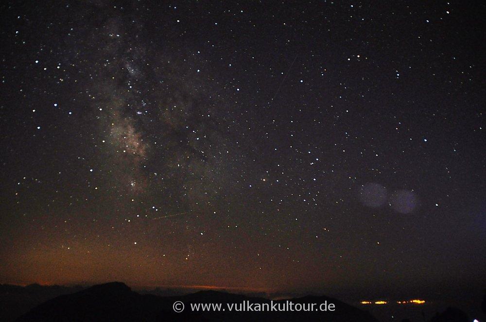 Am Gipfel des Stromboli - sagenhafter Sternenhimmel mit Milchstraße
