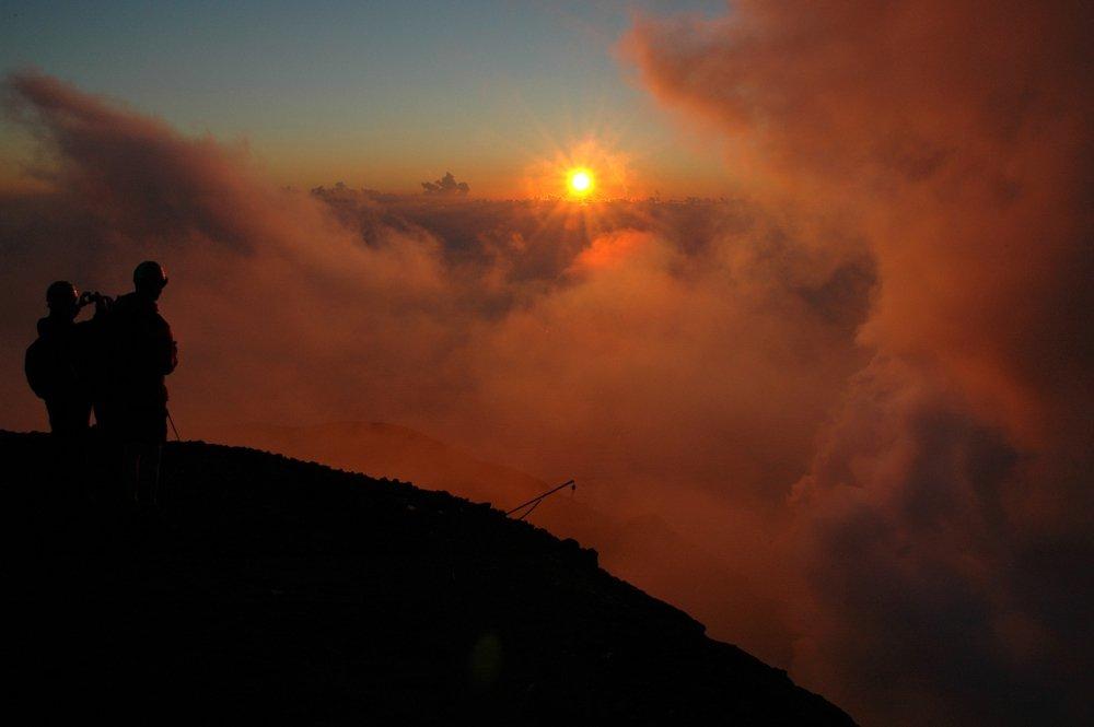 Am Gipfel des Stromboli (© Sergiy Bondarenko)