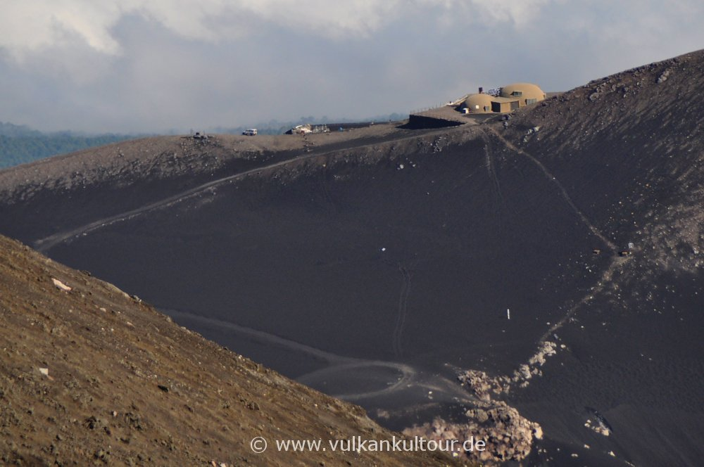 Vulkanobservatorium auf den Pizzi Deneri am Ätna
