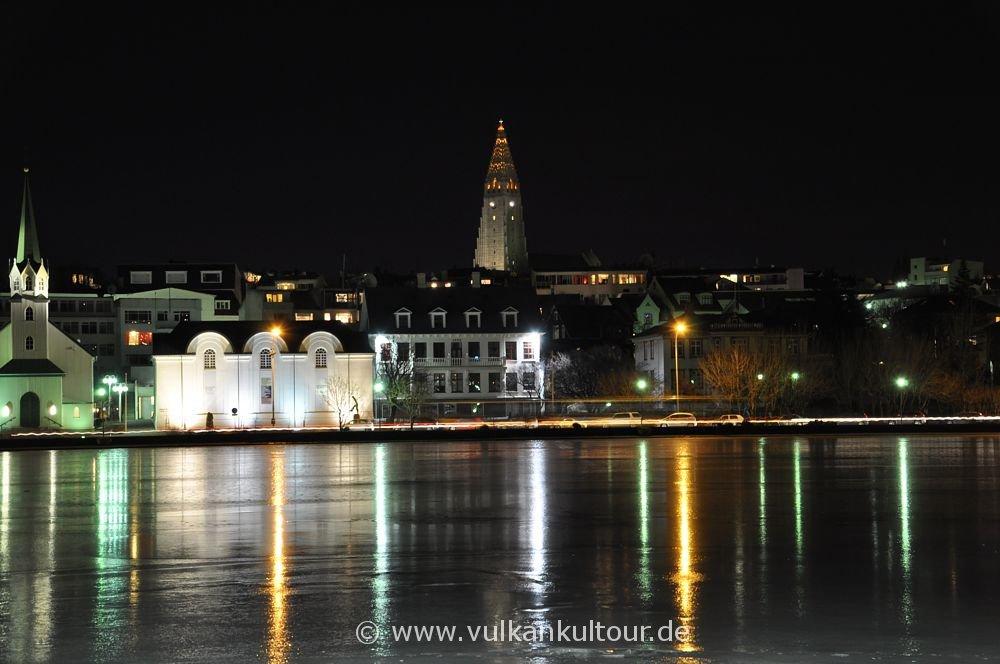 Reykjavík bei Nacht