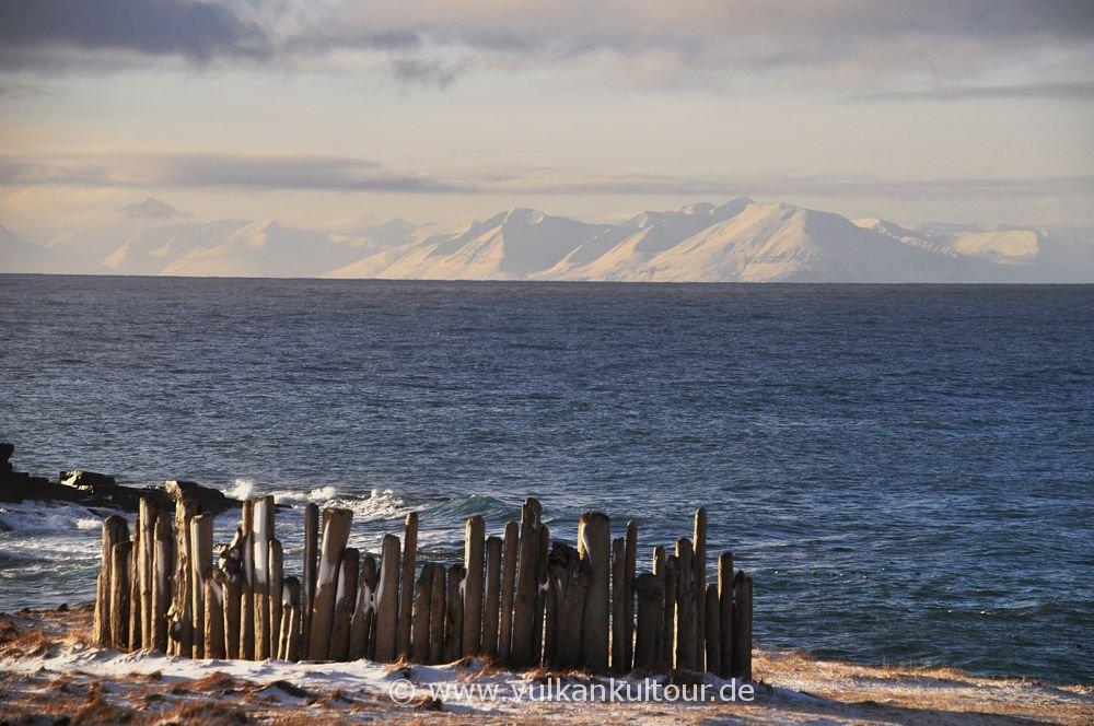 Blick von Grímsey nach Nordisland