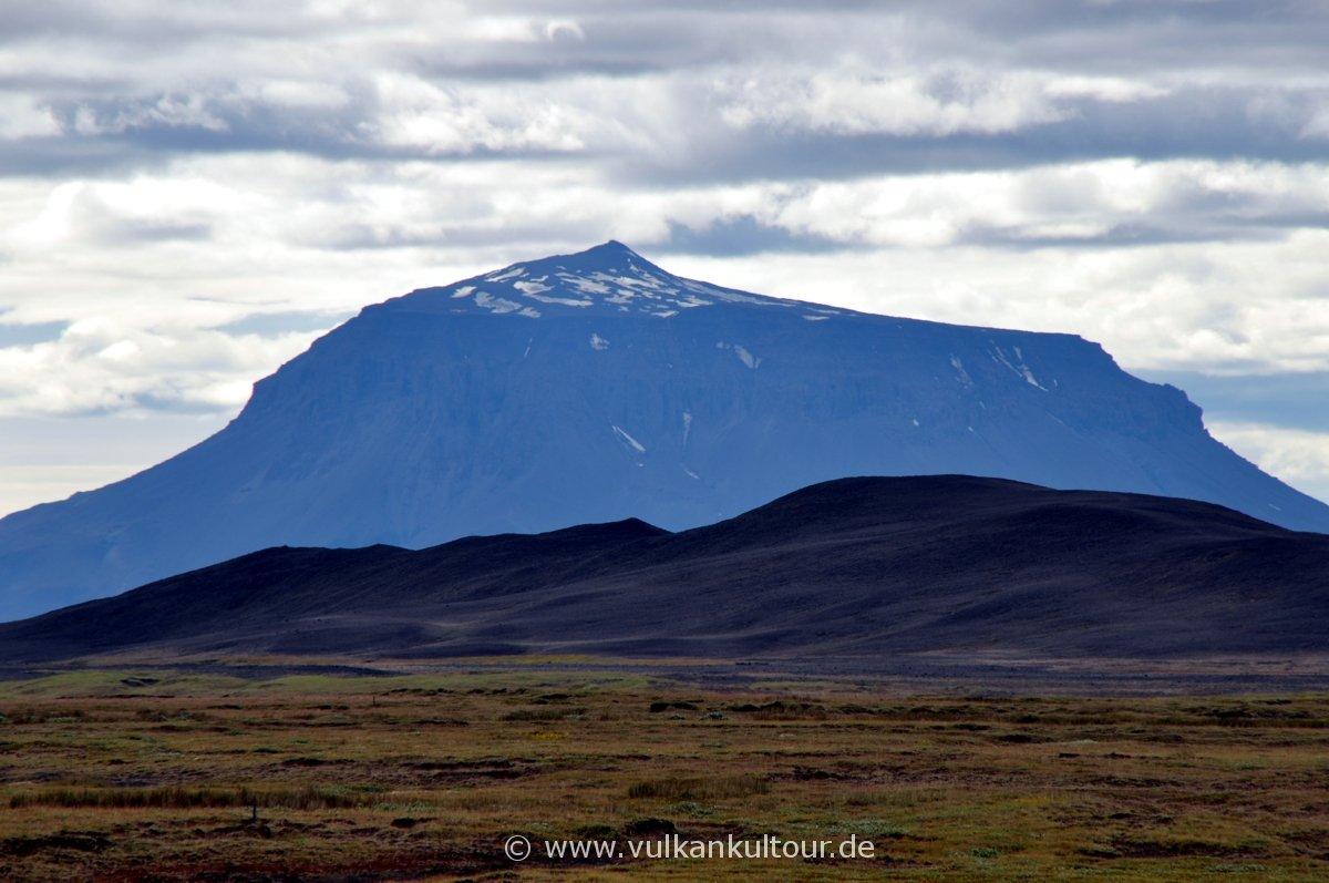 Blick auf die Herðubreið