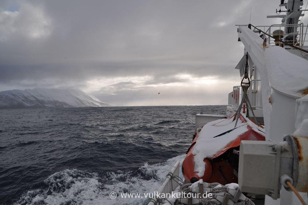 Arktische Überfahrt von Grímsey nach Dalvík