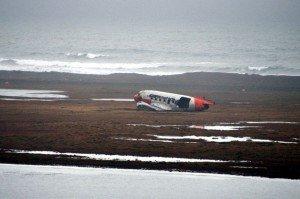 Flugzeugwrack bei Þorshöfn