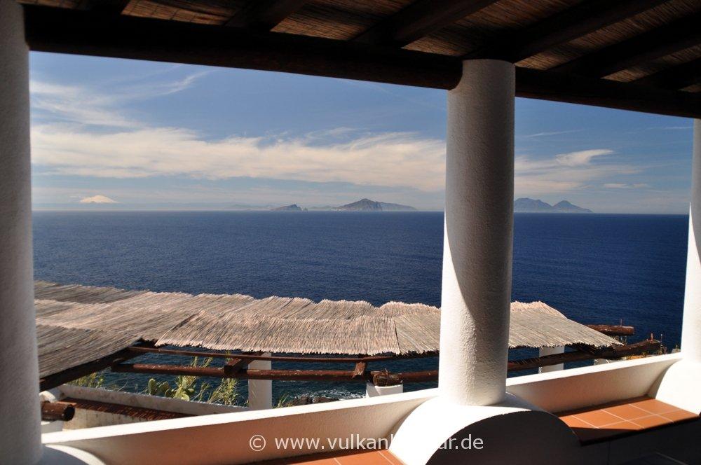 Ginostra - Panorama auf Ätna, Vulcano, Panarea, Basiluzzo, Lipari und Salina