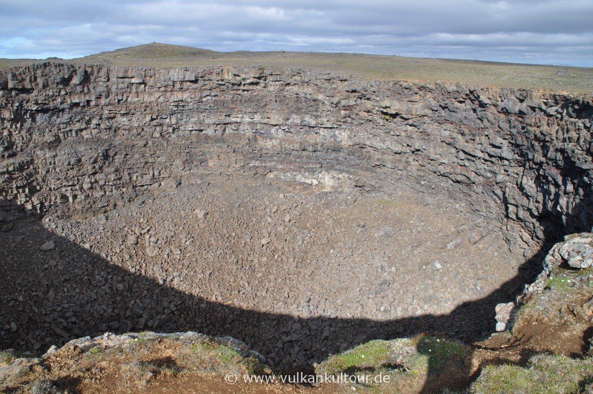 Pit Crater Litlaviti