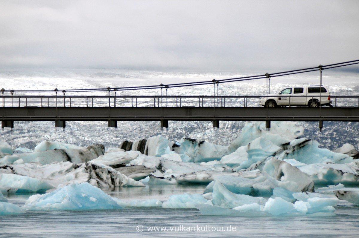 Ringstraßenbrücke über den Jökulsárlón