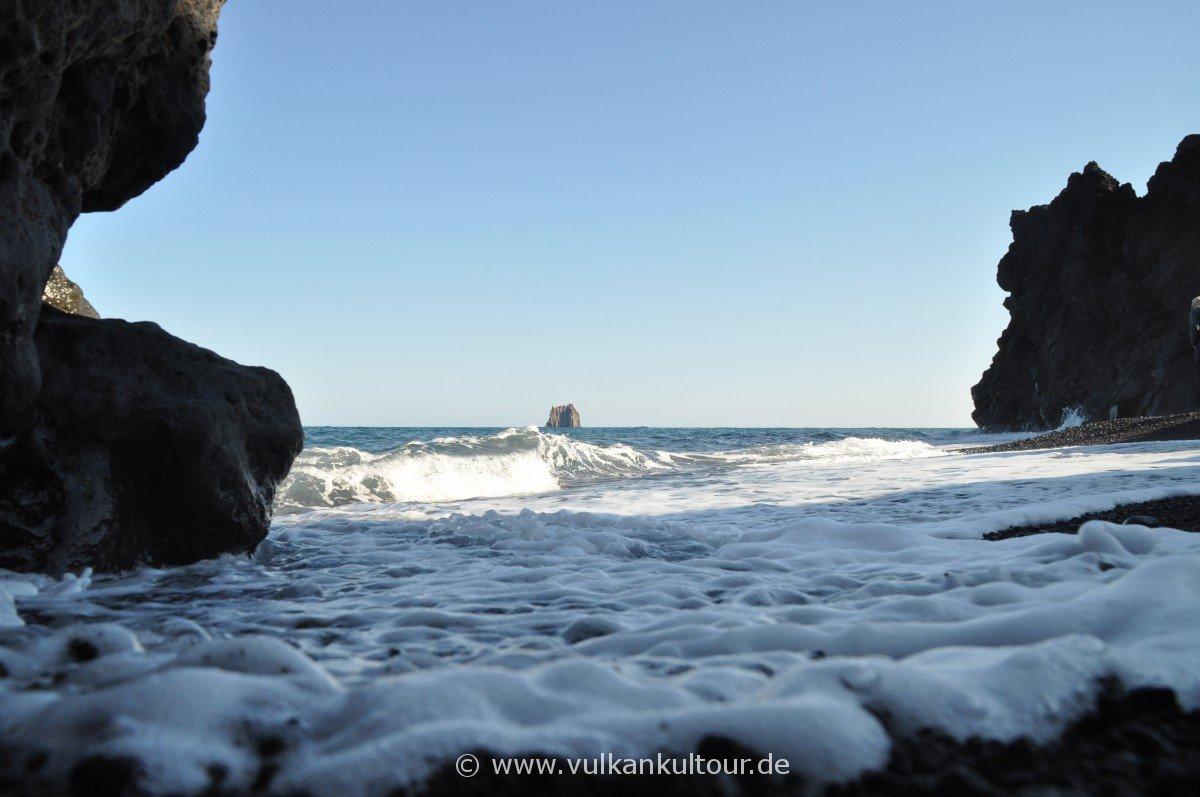 Strand bei der Grotta di Eolo
