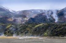 Landmannalaugar - es dampft an allen Ecken und Enden