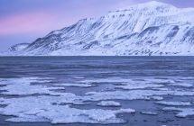 Der Adventfjorden auf Spitzbergen