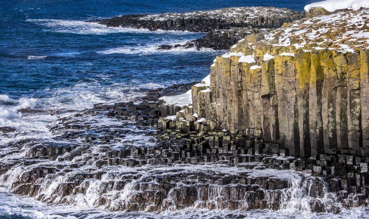 Basaltsäulen an der Westküste Grímseys