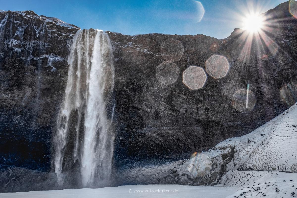 Seljalandsfoss - ein Wintermärchen