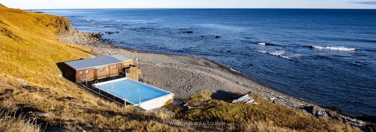 Krossneslaug, Islands einsamstes Schwimmbad