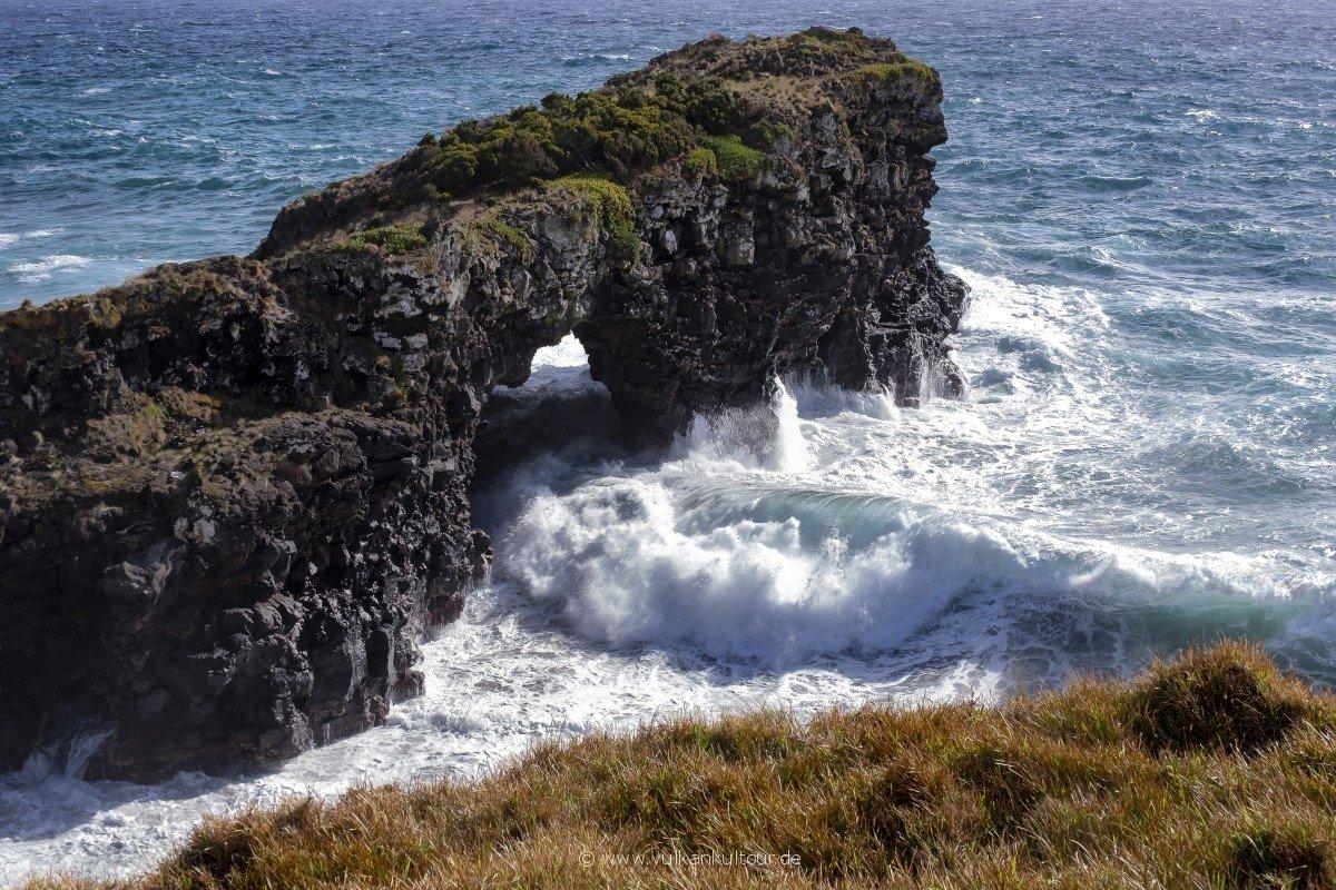 Ponta Furada, Wellen und Fels im ewigen Duell...