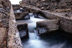 Fischtreppe - hier können Lachse dem Wasserfall umschwimmen