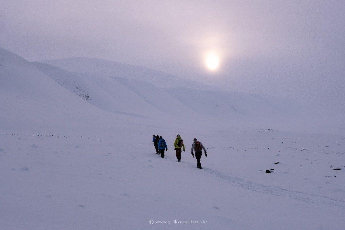 Wanderung ins Bjørndalen - whiteout vor der Brust