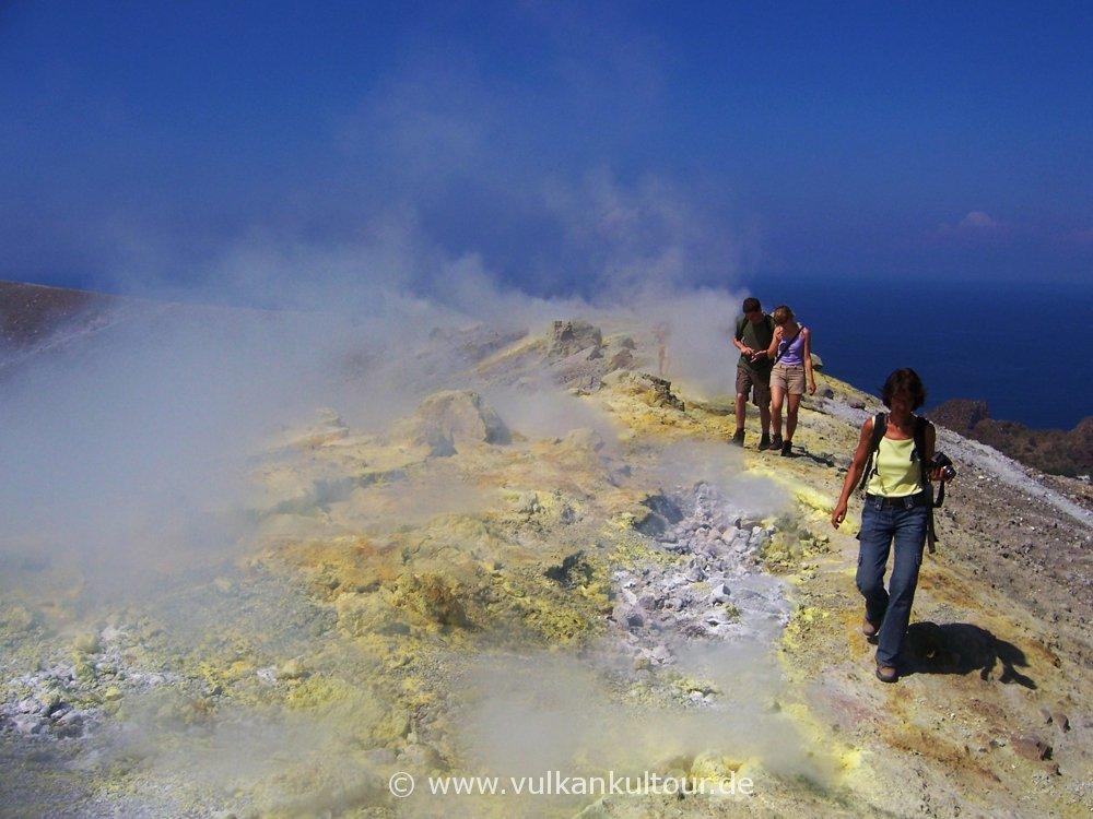 Fumarolenquerung auf Vulcanos Gran Cratere