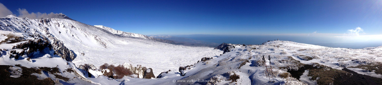 Schiena dell' asino mit Blick über das valle del bove - 2.1.2015