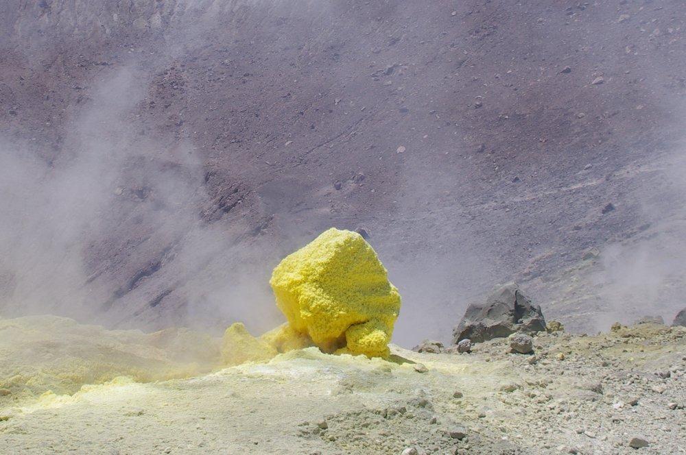 Auf dem Gran Cratere von Vulcano (© by Thomas Scherübl)