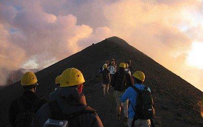 Aufstieg zum Pizzo mit Helm und Bergführer
