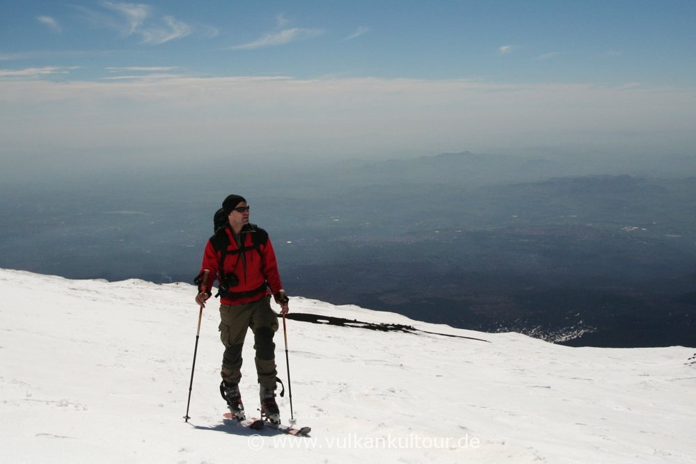 Auf Skiern hoch über Sizilien