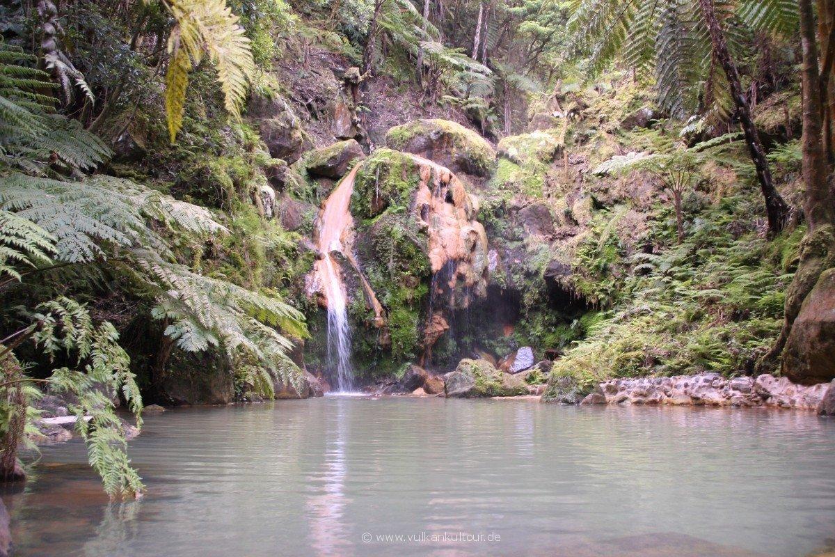 20180506 Azoren MDR Paradiesische Stimmung in der Caldeira Velha